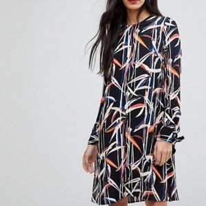 Y.A.S Tall Printed Tie Sleeve Shift Dress
